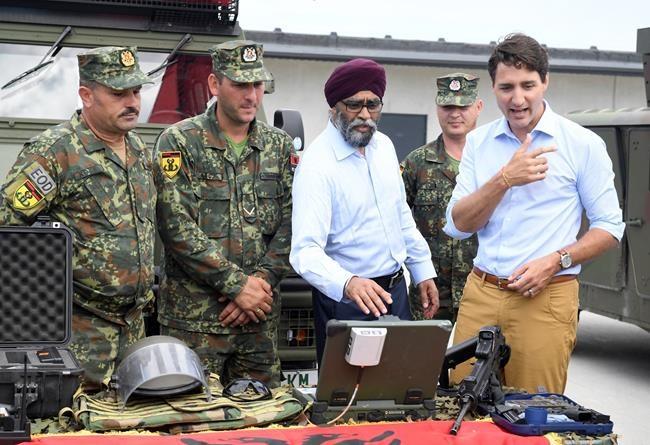 L'OTAN critique les dépenses du Canada en défense