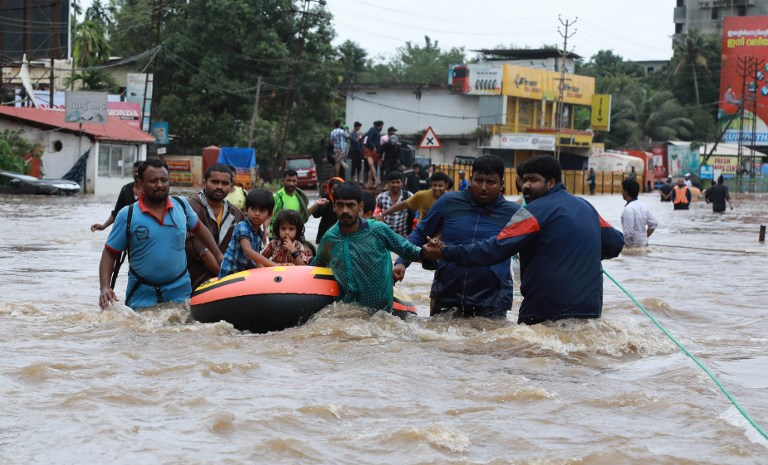 Inde: Au moins 324 morts dans les inondations au Kerala
