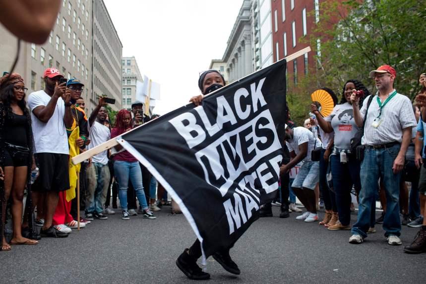 Une poignée de néonazis réunis à Washington