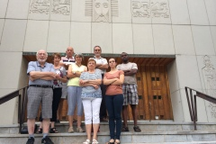 Les paroissiens de Saint-Laurent veulent garder leur curé