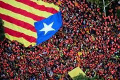Près d'un million d'indépendantistes catalans manifestent à Barcelone