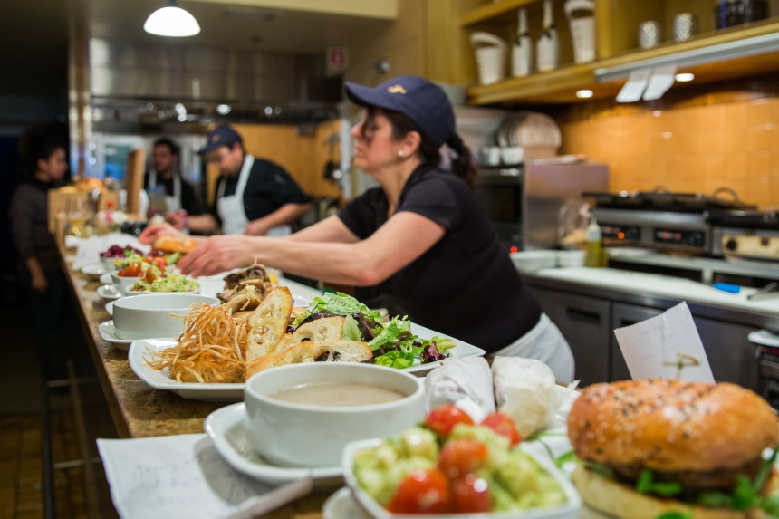 Les meilleurs comptoirs lunch au centre-ville de Montréal