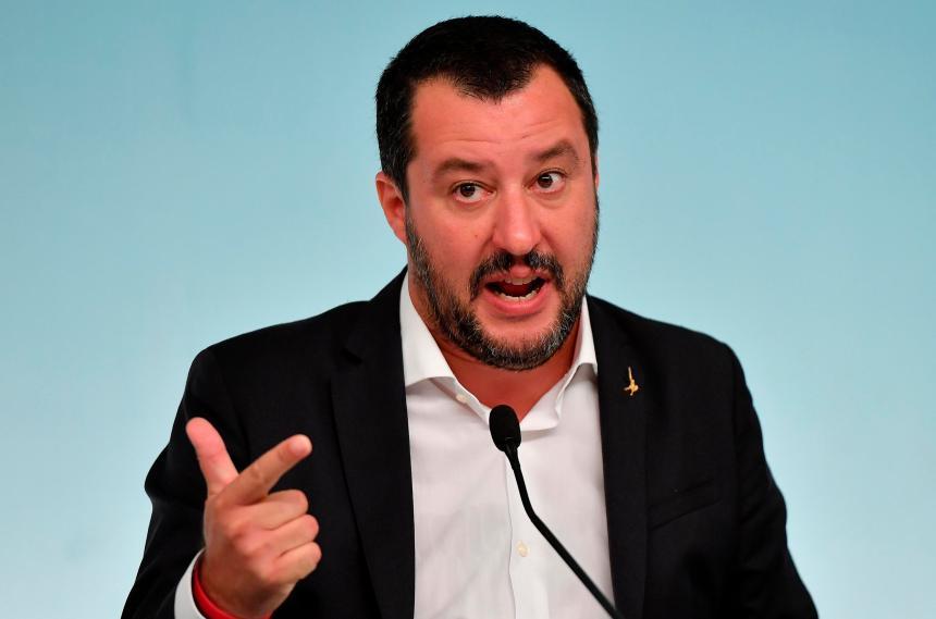 Italie: nouvelle enquête contre Salvini pour séquestration de migrants