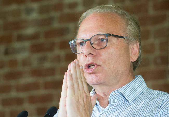 Le PQ veut brancher le Québec à la fibre optique