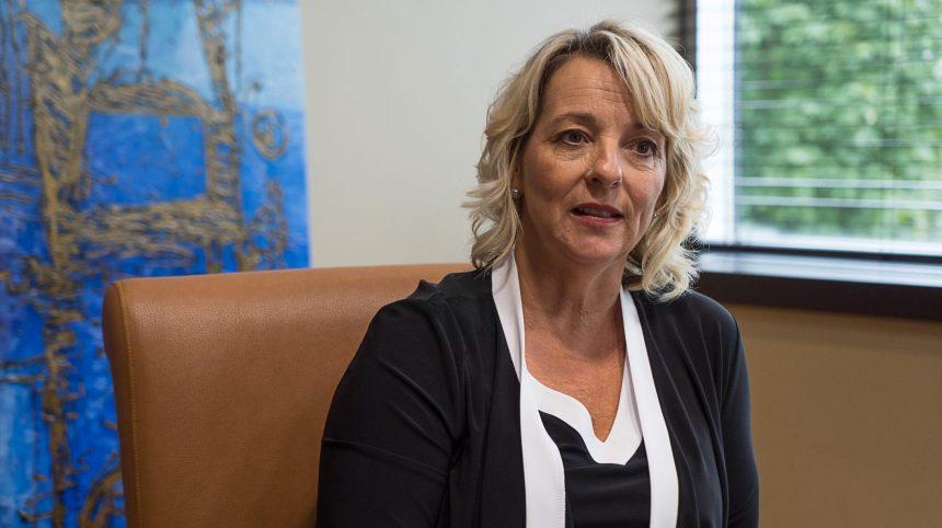 Longueuil abattra des cerfs, la mairesse menacée de mort
