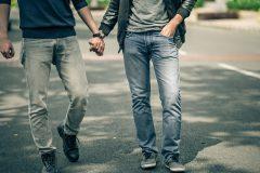 Une campagne sur le consentement sexuel chez les hommes GBT à Montréal