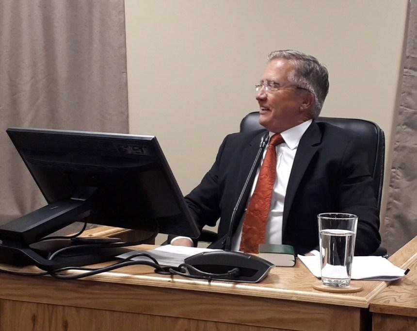 L'ancien premier ministre de Terre-Neuve-et-Labrador soutient le projet Muskrat Falls