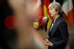Brexit: Theresa May retourne discuter à Bruxelles cette semaine