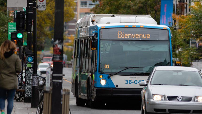 «Pseudo-pandémie»: un chauffeur de la STM arrête de nettoyer son bus