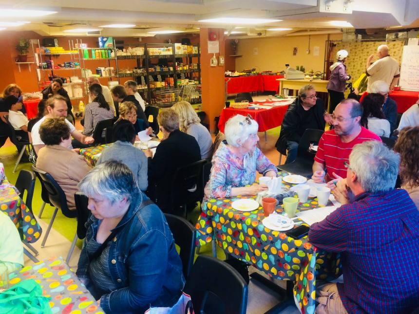 Cinq ans pour une aide alimentaire différente dans Rosemont