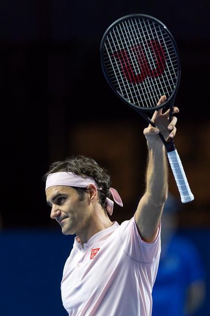 Federer bat Krajinovic en trois sets