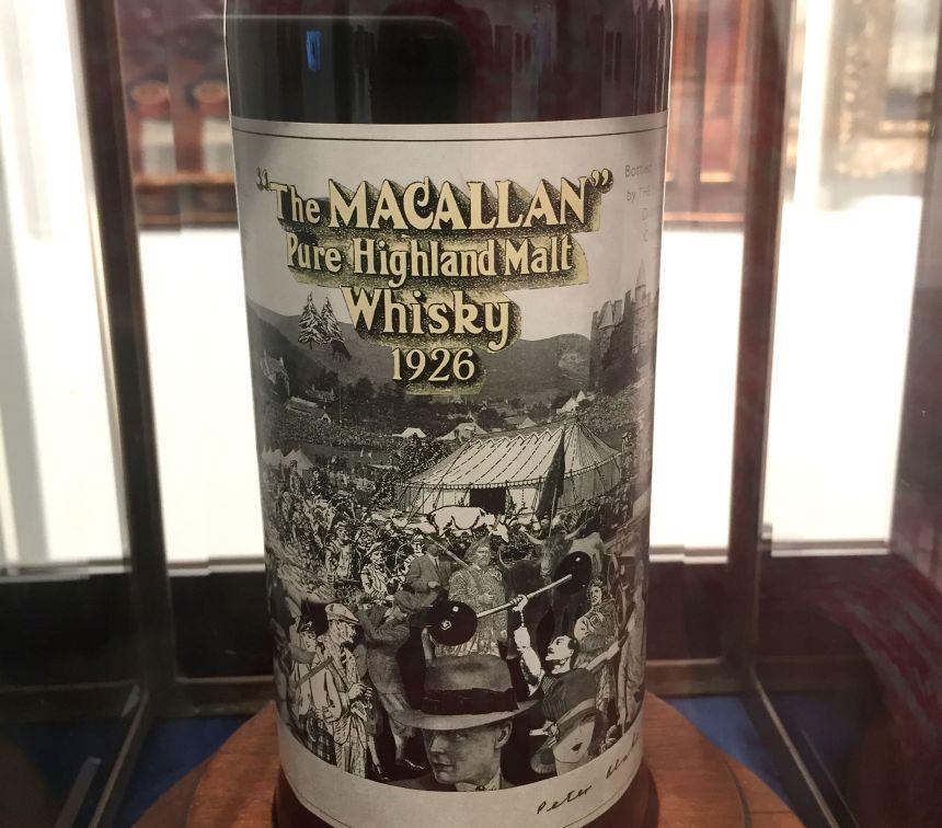 Record en vue pour une bouteille de whisky à plus d'un million de dollars
