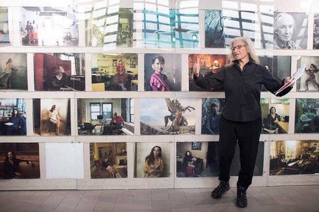 Qui paiera pour des photos d'Annie Leibovitz?
