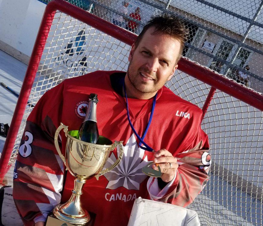 Hockey-balle: médaille d'or pour le Pointelier Claude Fortin