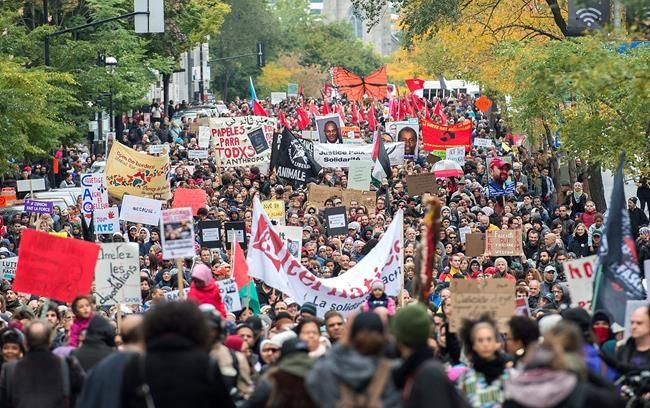 Les manifestants contre le racisme ciblent la CAQ