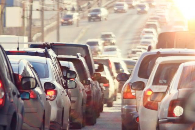 Les Québécois dépensent moins en transport