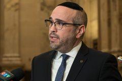 Antisémitisme: Montréal n'adoptera pas la définition controversée