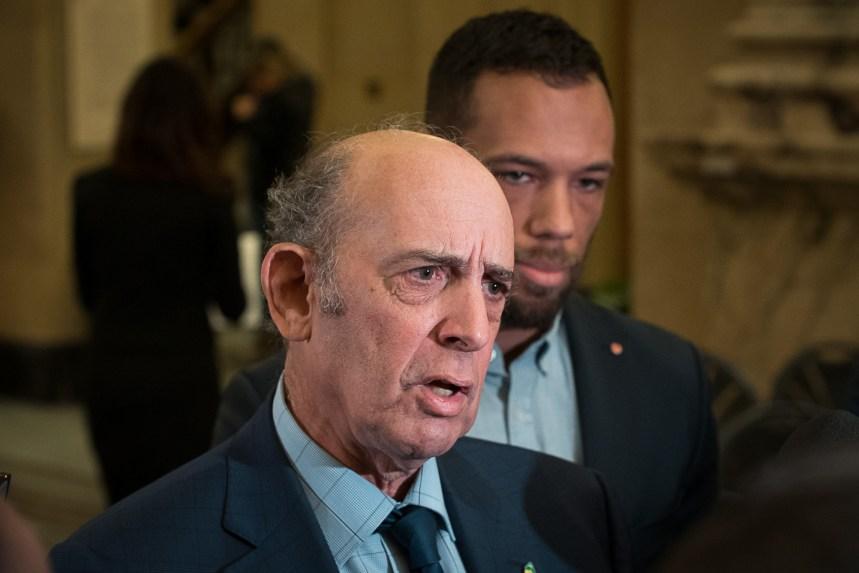 Un élu demande un moratoire «immédiat» sur les interpellations policières à Montréal