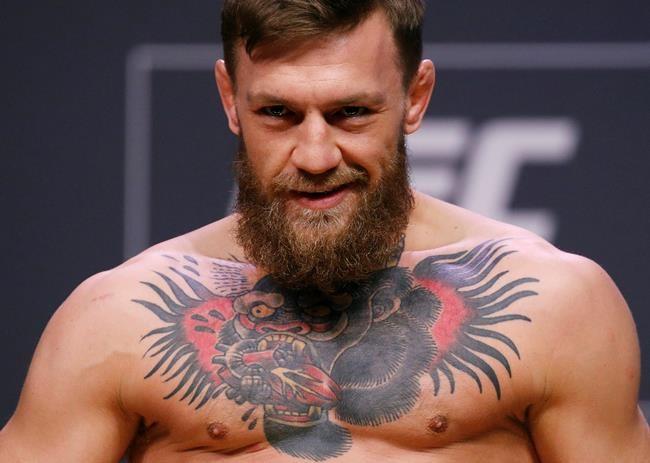 Nurmagomedov bat McGregor dans le tumulte