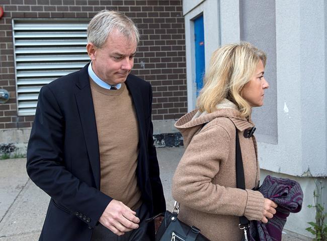 N.-B.: Oland plaide de nouveau non coupable