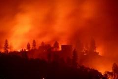 L'incendie le plus meurtrier de Californie maîtrisé à 100%