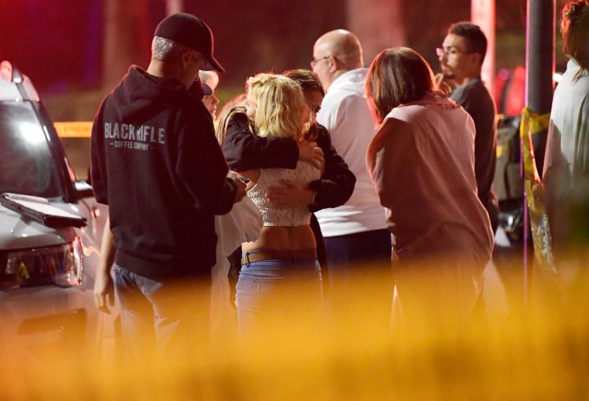 Une homme tue 12 personnes dans un bar de Californie puis se suicide