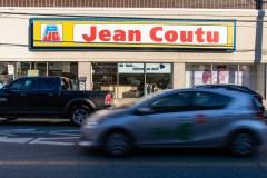 Vote de grève massif à l'entrepôt Jean Coutu
