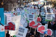 Le monde agricole dans la rue contre les accords de libre-échange