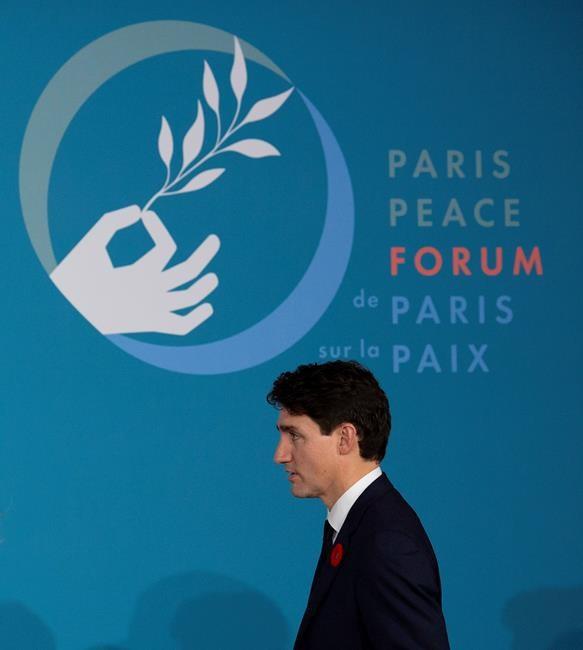 Trudeau met en garde contre les réseaux sociaux