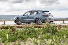 Porsche Cayenne 2019: Moins de kilos, plus de chevaux