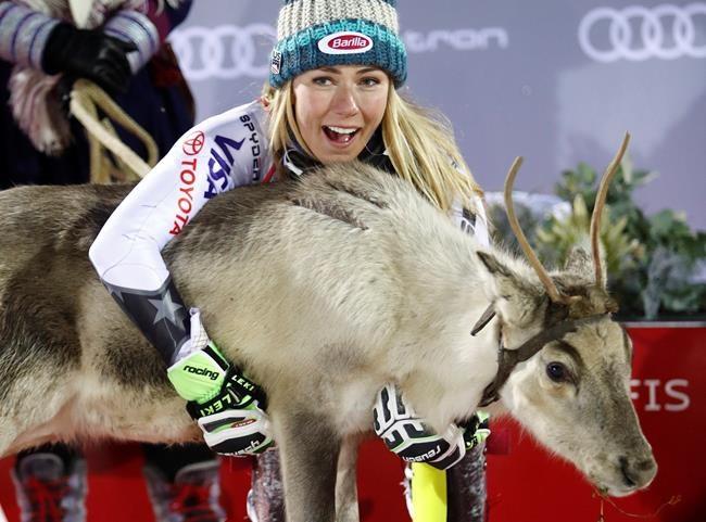 Shiffrin remporte le 1er slalom de la saison
