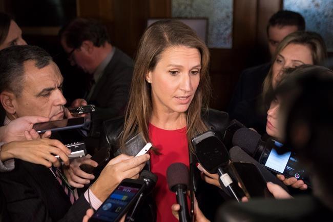 Français en Ontario: Caroline Mulroney refuse de s'expliquer à Ottawa