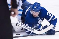 Les Maple Leafs battent les Sharks 5-3