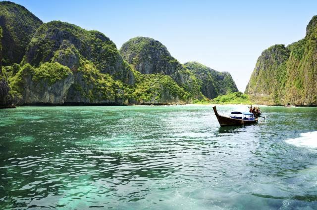 Une province thaïlandaise fait la guerre au plastique