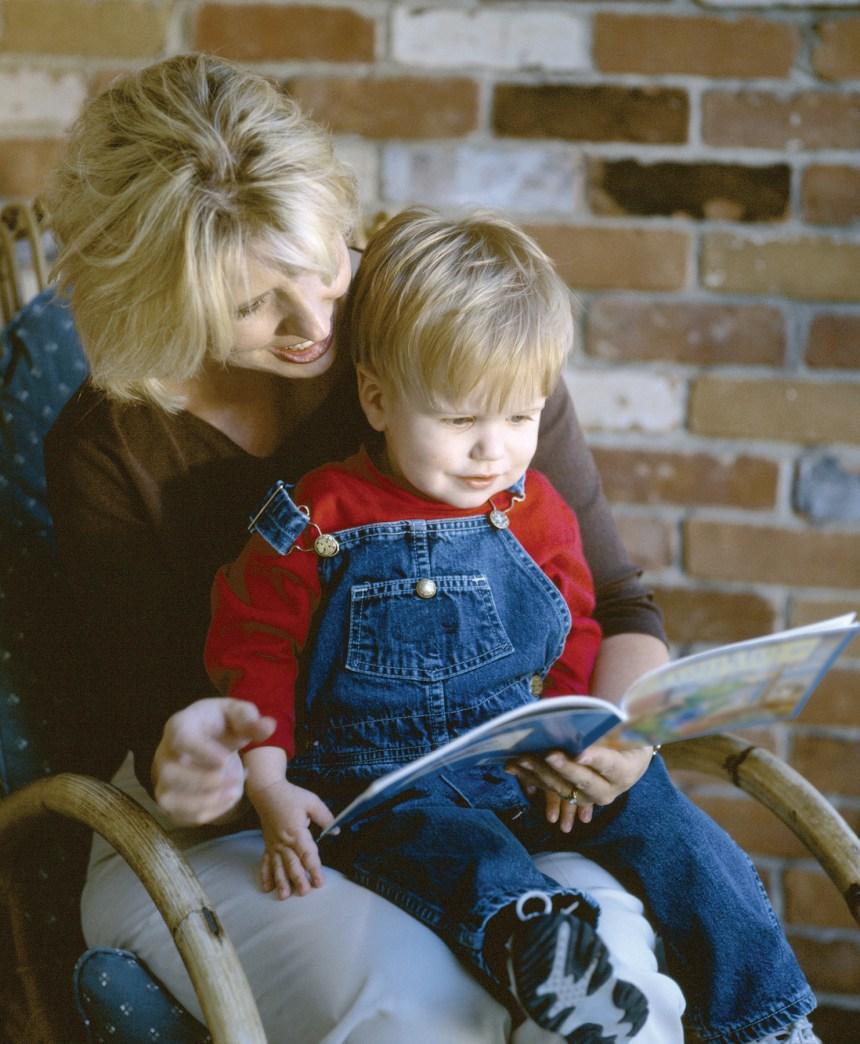 Offrir de la lecture à un enfant