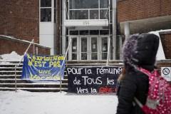 Stages rémunérés: des milliers d'étudiants en grève