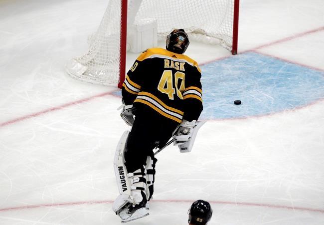 Rask égale le record des victoires des Bruins