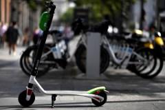 Trottinettes électriques: les délais administratifs coûtent cher à Lime