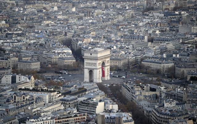 Réouverture mercredi de l'Arc de Triomphe, dégradé le 1er décembre