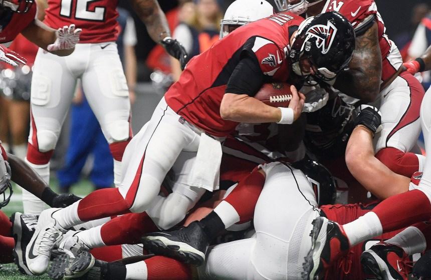Les Falcons écrasent les Cardinals 40-14