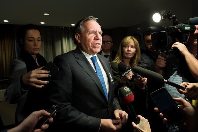 Attaques de l'Alberta: Legault se défend