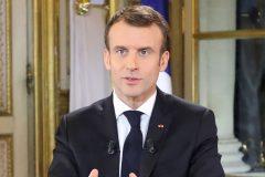 Macron annonce une volée de mesures pour apaiser les «gilets jaunes»