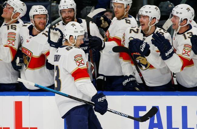 Dadonov aide les Panthers à l'emporter 5-2