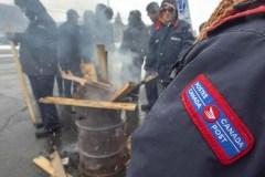 Le syndicat de Postes Canada conteste la loi spéciale