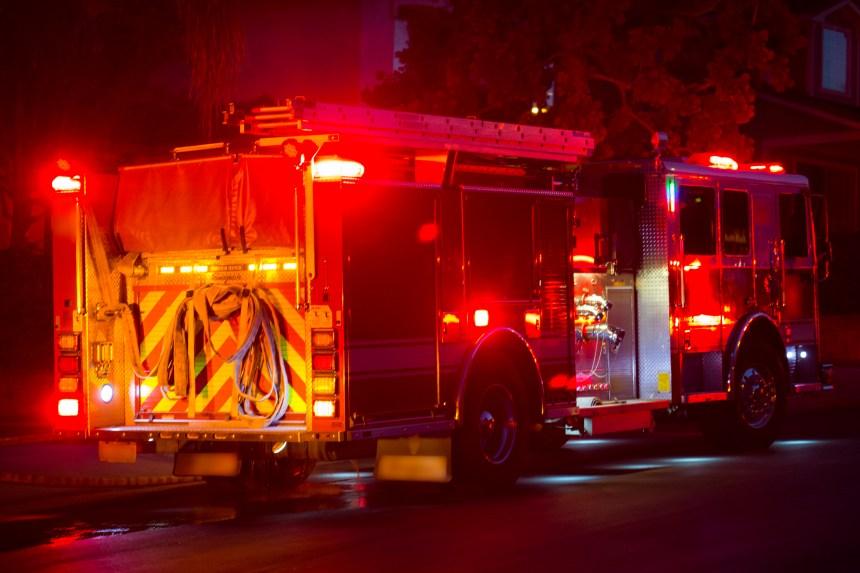 Québec: 80 pompiers pour combattre un incendie dans Limoilou, mercredi matin