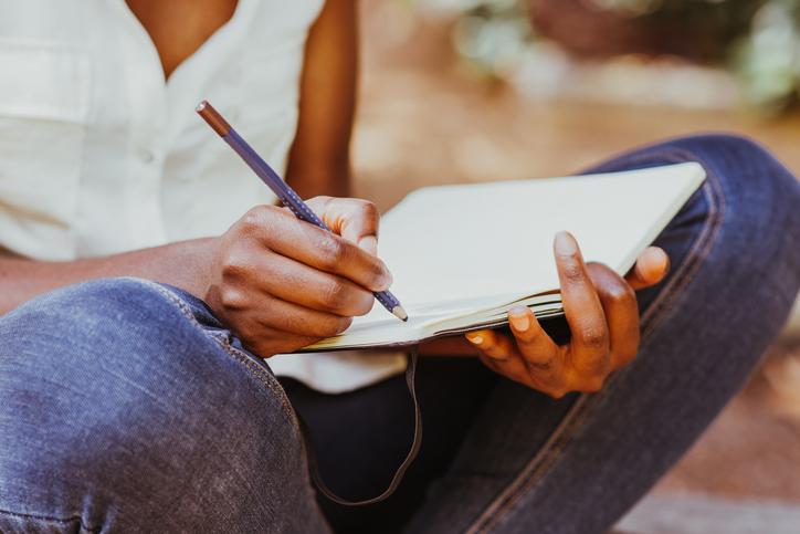 Amnistie internationale Canada tient ses marathons d'écriture