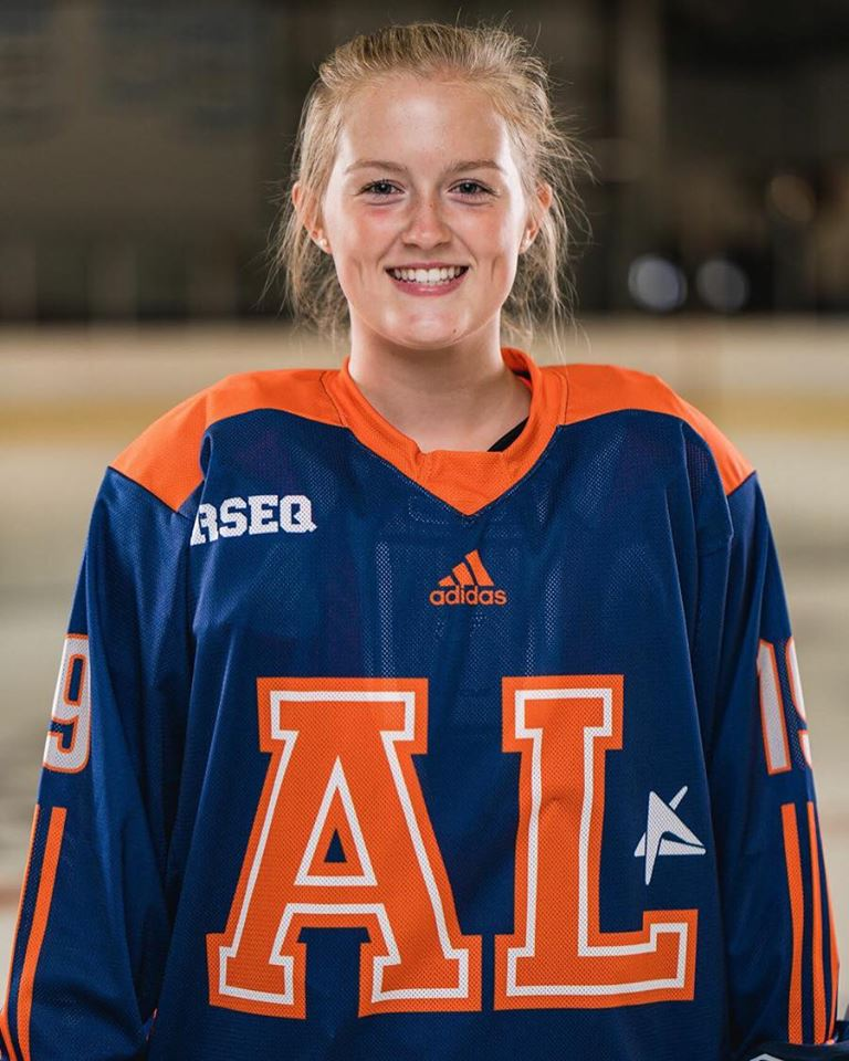 Une hockeyeuse du Boomerang aux Jeux du Canada