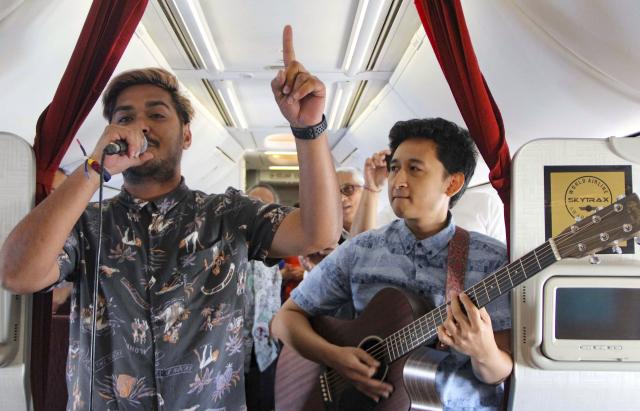 Une compagnie aérienne offre de la musique «live» en plein vol