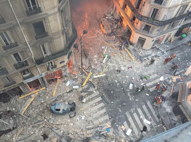 Trois morts, près de 50 blessés dans une énorme explosion accidentelle à Paris