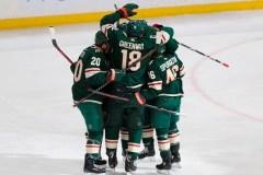 Zucker et Eriksson marquent en fin de match et le Wild surprend les Jets 3-2